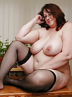 young chubby milf